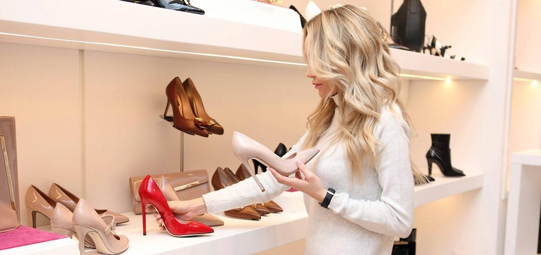 Boutique Brighenti - Lo stereotipo della commessa stalker